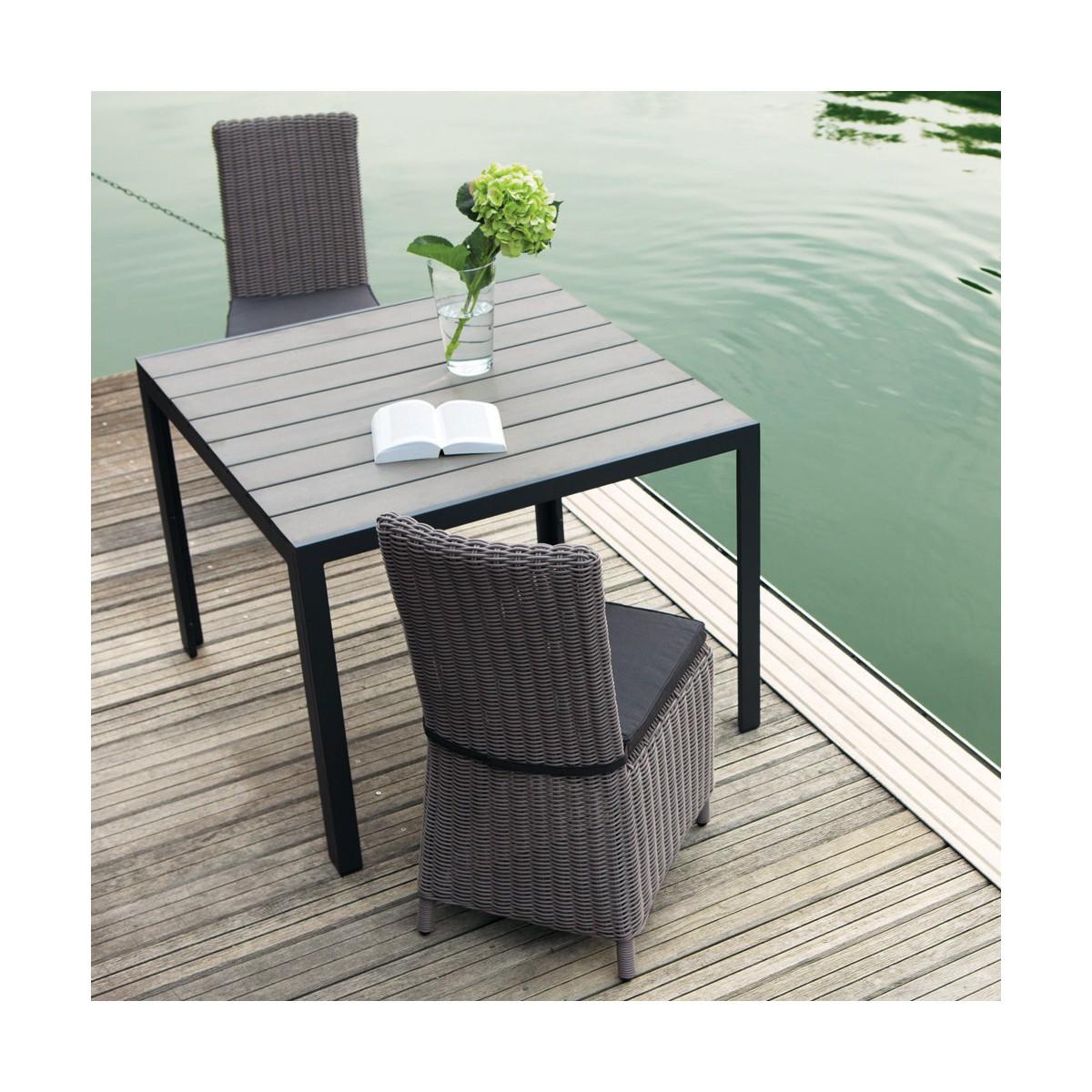 Table de jardin en composite imitation bois et aluminium grise L 104 cm